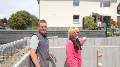 Hemer: Stolzes Bauherrenpaar wartet auf Decke