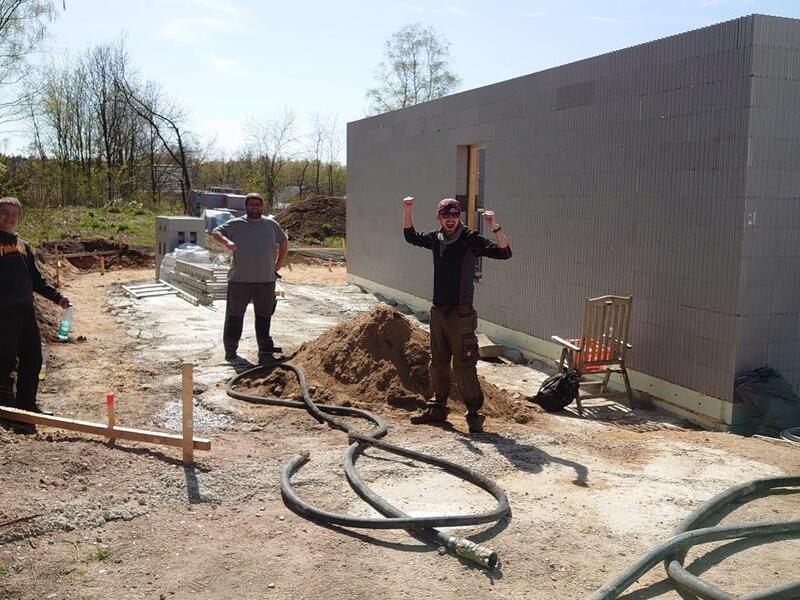 Welle: Stolzes Bauherrenteam